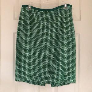 Talbot's Green & White Tweed Pencil skirt Size 10.